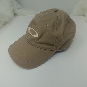 Oakley Casual Women's Hat, New without Tags
